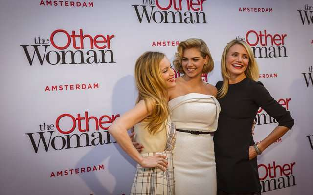 Кэмерон Диаз, Кейт Аптон и Лесли Манн на премьере комедии