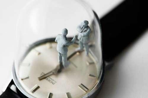 Скульптуры-часы Доминика Уилкокса