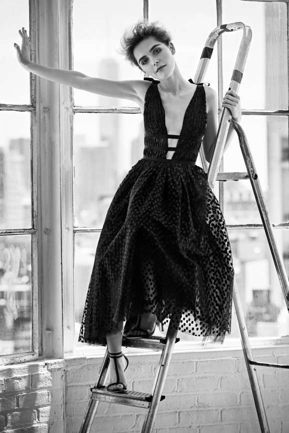 Кирнан Шипка в круизной коллекции 2017 от Каролина Эррера