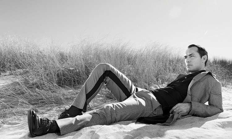 Джуд Лоу рекламирует новую коллекцию Prada